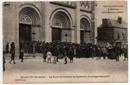 Les Inventaires De Nantes(22 Février 1906)-Devant St-Donatien-la Foule Attendant Le Receveur D'enregistrement - Nantes