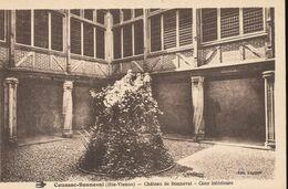 87 --  Coussac - Bonneval --  Le Chateau -- Cour Interieure - Sonstige Gemeinden