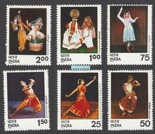 India 1975 Indian Classical Dances Sc 692-97 Art Culture Music Costume Stamps Set 6v - Nuevos