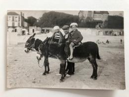 Foto Deux Enfants Anne Sur La Plage A Identifee - Photos