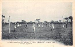85-LA-MOTTE-ACHARD- ECOLE D'AGRICULTURE NOTRE-DAME DE LA FORÊT EQUIPE DE FOOTBALL - La Mothe Achard