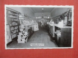 Interior  Economy Drug Store  Lincolnton   North Carolina >   Ref 4232 - Etats-Unis