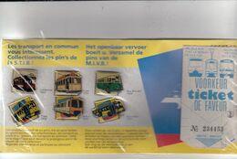 8 PINS MIVB /  STIB  / TRAM + BUS / Emballage Original / Originele Verpakking - Transport