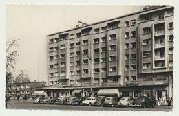 MAUBEUGE - Place Des Nations - Commerce Et Anciennes Voitures - Maubeuge