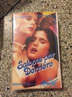 Ancienne Casette Video VHS Salopes Par Derriere Vintage - Erotiques (…-1960)