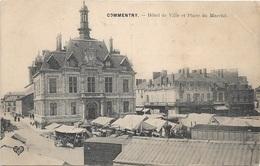03 - COMMENTRY Hôtel De Ville Et Place Du Marché - Andere Gemeenten