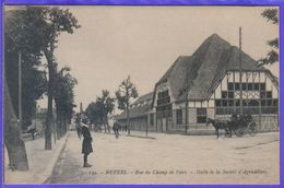 Carte Postale 58. Nevers  Rue Du Champ De Foire  Hall De La Société D'Agriculture Très Beau Plan - Nevers