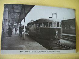 61 109 CPA - ALENCON. LA MICHELINE EN GARE D'ALENCON - ANIMATION - Alencon