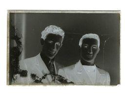03 - Photographie - Plaque De Verre - Photo - Négatif - Portrait Hommes - Dim 9.50 X 14.50 Cm - Diapositiva Su Vetro