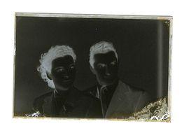 11 - Photographie - Plaque De Verre - Photo - Négatif - Portrait Couple - Dim 9.50 X 14.50 Cm - Diapositiva Su Vetro