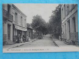 17 : ROYAN : PONTAILLAC : AVENUE Des MONTAGNES RUSSES (devenue Avenue De COGNAC) , Animée  , C.P.A.,en Bon état - Royan
