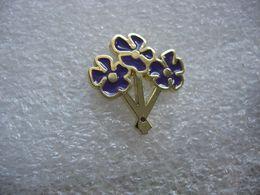 Pin's Belles Fleurs Violettes - Pins