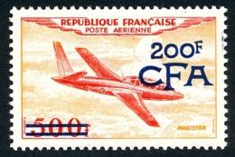 REUNION 1954 - Yv. PA 54 (=FR PA 32 + Surch) ** MNH SUP  Cote= 53,00 EUR - Avion Fouga 'Magister'  ..Réf.FRA29107 - Réunion (1852-1975)