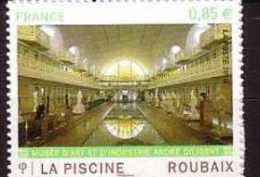 2009-N° 467** ROUBAIX LA PISCINE - Adhésifs (autocollants)