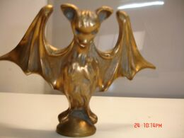 Murcielafo ,de Bronce Mazizo,18x12 Cm,   Peso 1.100 Gr--(ref-6) - Bronzes