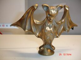 Murcielafo ,de Bronce Mazizo, 18x12 Cm , Peso 1.100 Gr--(ref-7) - Bronzes