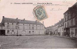 LENCLOITRE - Place De La Mairie - Lencloitre