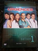 Urgences Saison 1, épisodes 1-14/ Coffret DVD Warner Bros - TV-Reeksen En Programma's