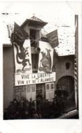 ARBOIS  MANIFESTATION DE LA GREVE DE L'IMPOT 23 FEVRIER 1906   CARTE PHOTO   CARTE EN L'ETAT - Arbois