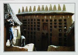 MALI    -  La Maison Du Hogon à Sangha    - Type Femme  Woman   Années  1980s - Mali