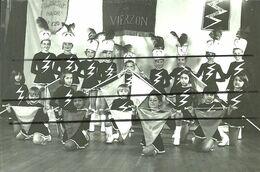18 - VIERZON - PHOTO DES MAJORETTES - Musique Et Musiciens