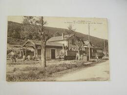 LOIRE-205-PAVEZIN-LA STATION DU CHEMIN DE FER AU COL DU PAVEZIN-TRAIN ANIMEE - France