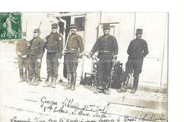 COSSE LE VIVIEN   CARTE PHOTO   6  MILITAIRES   LA GARDE PASSAGE  G. LEBLOND 31 ARTILLERIE. 8 BATTERIE  DU MANS DE 53 - Francia