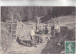 CPA - 88 - DANS Les VOSGES - SCHLITTEURS Très Beau Plan Peu Commune Voyagé En 1909 - France