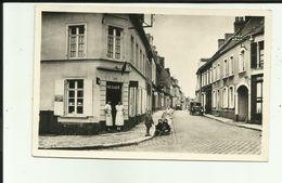 62 - Pas De Calais - Marquise - Rue De L'église - Animée - Enfants - Commerces - Voiture- - Marquise