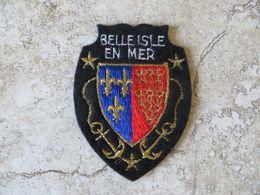 Ecusson Touristique Tissu Brodé Armoirie Blason Bretagne BELLE ISLE EN MER - Stoffabzeichen
