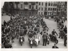 FO-00343- FOTO  ORIGINALE MOTO CLUB TORINO 26-3-1950 RADUNO HARLEY DAVIDSON - FOTOGRAFO PIERO BETTRONE - Fotos