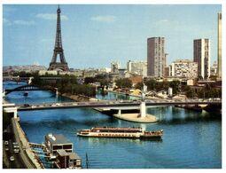 (E 3) France - Paris Seine River With Statue Of Liberty, Ship And Eiffel Tower - Gebäude & Architektur