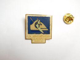 Beau Pin's , Planche , Surf , Quicksilver , Hawaii , Waimea Bay , île D' Oahu - Skateboard