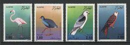 ALGERIE 1987 N° 905/908 ** Neufs MNH  Superbes C 9 € Faune Oiseaux Flamant Rose Milvus Birds Animaux - Algerije (1962-...)