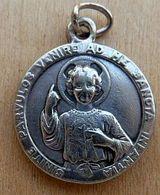 Médal-068 Médaille En Ag (poinçon)gravée Parvulos Venire Ad Me Sancta Infantia Au Dos Sancta Teresia à Jésu Infante - Religion & Esotericism