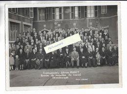 70 - RARE, Grande Photographie Des Etablissements MAGOT ( VESOUL ) - Remise Des Médailles Du Travail. 1948 - Photographs