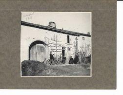 70 - RARE,  Photographie Non Titrée, Collée Sur Carton,  Mais Il S' Agit De PASSAVANT ( Hte-Saône ) - Photographs