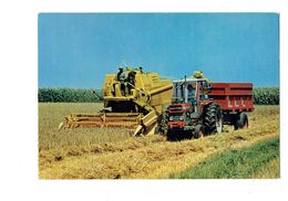 Cpm - Douce France - Agriculture > Tracteur MOISSONNEUSE BATTEUSE New Holland Moisson Blé Paille - Tractores