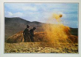 Afghanistan Battage Du Grain Sur La Route De Ghazni  Vanner Le Blé     Années 1980s - Afghanistan