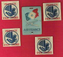 Lot Etiquette Bagage AIR FRANCE SuperConstellation En Relief Et 4 Stickers Propriété AIR FRANCE Ancien Logo Hippocampe - Etiquetas De Equipaje