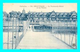 A869 / 191 14 - DEAUVILLE Le Normandy Hotel Et Les Tennis - Deauville