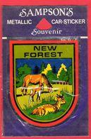 -- PETIT ECUSSON ADHESIF / SOUVENIR De NEW FOREST -- - Obj. 'Remember Of'