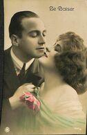 029 851 - CPA - Thème - Couple - Romance - Romantique - Le Baiser - Couples