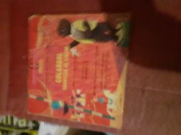 Un Livre Disque 45 Tours Colargol Chanteur De Cirque - Kinderlieder