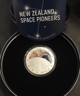 NUOVA Zelanda New Zealand 2019 1 Oz Argento Proof Coin Space Pioners Mintage 1500 Pz PIONIERI DELLO SPAZIO - New Zealand