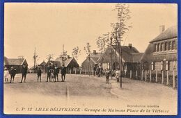CPA 59 LILLE DELIVRANCE - Groupe De Maisons Place De La Victoire - Lille
