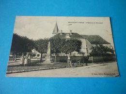 Carte Postale Yonne Montigny La Resle Eglise Et Le Monument Animée - Other Municipalities