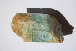 Lot De Minéraux De Natures Différentes (frais D'expédition Inclus) - Minerali