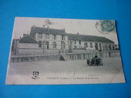 Carte Postale Yonne Vinneuf Mairie Et Ecoles Enfants - Other Municipalities