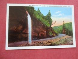 Bridal Veil  Falls Between Highlands & Franklin  North Carolina       Ref 4239 - Etats-Unis